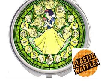 Snow White Handheld Compact Mirror
