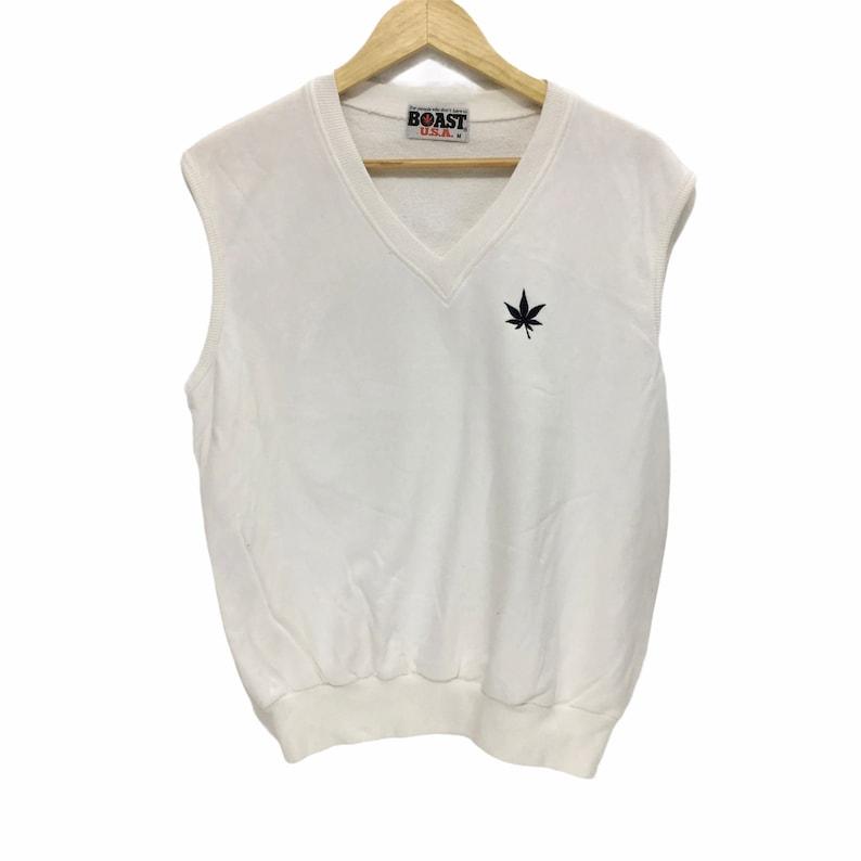 Rare! Boast USA V Neck Sweatshirt Sleeveless Big Logo Spell Out White Sweater Size Medium