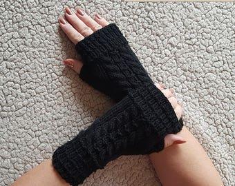 Womens gloves/Gloves fingerless /Knit Fingerless gloves /Black gloves /Fingerless Gloves /Hand warmers / boho gloves/ acrylic gloves