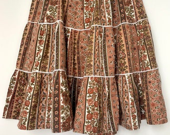 1970s French cotton brown floral tiered knee length vintage skirt size 10