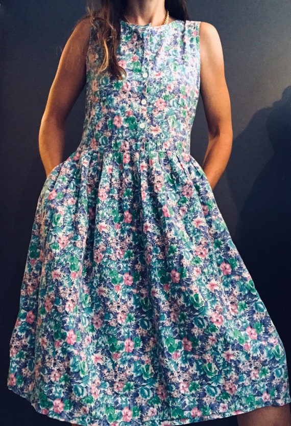 Vintage Cotton Ditsy Floral Print Dress