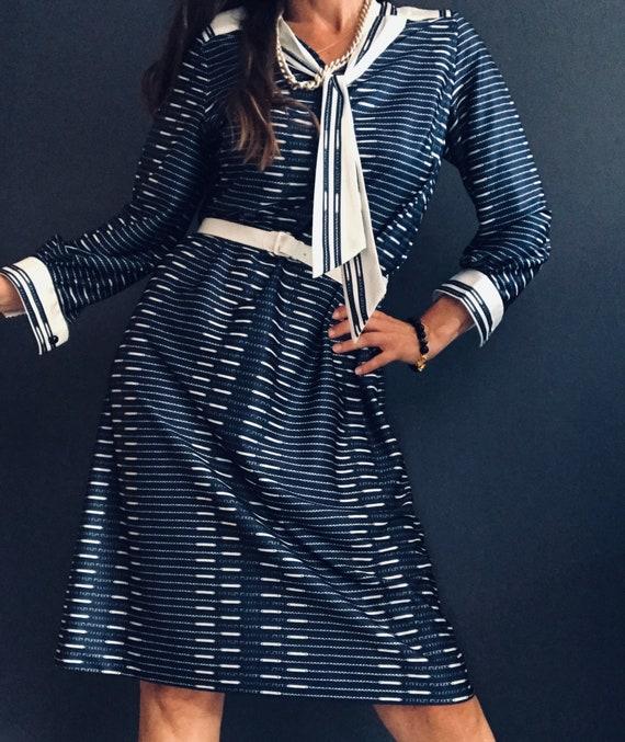 Sixties tie collar dress