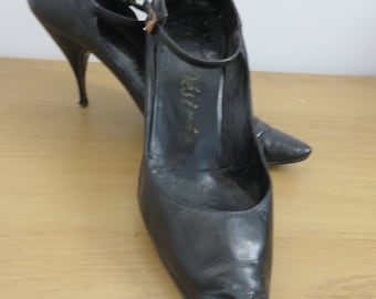 Black Suede Cowboy Boots  sz Eu 40 UK 6 .5  Western Leather Uppers Flat Heel  Never Worn 90s made in Brazil Women Size 9 m