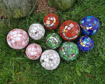 Rose Ball, Mosaic ball, Frost, winter hard, garden, floating ball