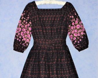 dce611d5fe9 Vintage 1950s Floral Full Skirt Tea DRESS ~ 50s Henley Jr