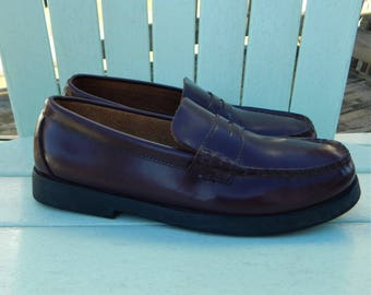 033815ce95e Sperry Top Sider Colton Penny Loafers ~ Vintage 1980s 80s Preppy Burgundy  Leather Boat Deck Shoes ~ Boys Girls size 5.5 ~ Womens size 7 M