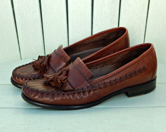 9ec07225979 Cole Haan Country Tassel Loafers Ladies 6.5 M ~ Vintage 1980s