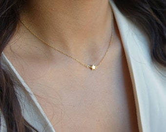 Gold Dainty Star Jewelry Bridesmaid Gift Best Friend Gift Tiny Star Necklace Silver Little Star Necklace Gift for Her Mother Gift