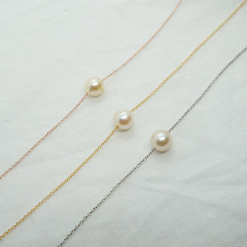 Pearl Necklace Floating Pearl For Women Fresh Water Pearl Dainty Necklace Delicate Necklace for Mother/'s Day Bridesmaids Pearl Necklace