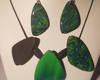 Set necklace & earrings Green Mix