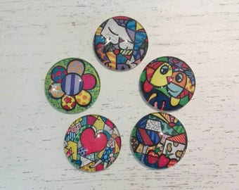 5 Glass Cabochons 25 mm Author: Romero Britto