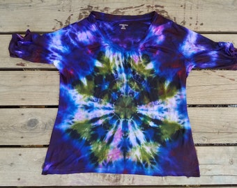 Green and purple tie dyed flower pattern ladies blouse