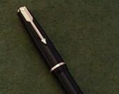 Black and Gold UK Parker New Duofold Semi-Flex Fountain Pen