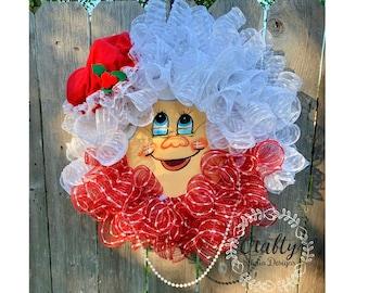 Santa Wreath, Mrs. Claus Wreath, Christmas Wreath, Santa Hat, Mrs. Claus Face Decor