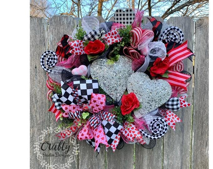 Valentines Wreath, Valentines Hearts, Valentines Day Wreath, Valentines Wreath, Glitter Wreath, Valentines Decor, Valentine Heart Wreath