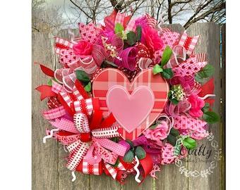 Valentines Wreath, Valentines Day Wreath, Love Wreath, Valentines Decor, Wreath with Roses, Valentine Heart Wreath, Red Heart, Red Wreath