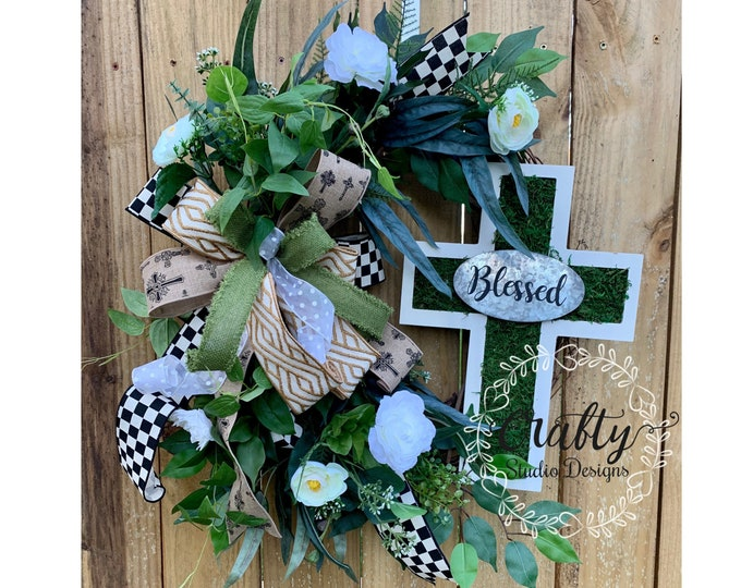 Gifts for Mom, Mothers Day wreath, Gifts for Grandma, Wreath for front door, Everyday Wreath, Wreath with cross, Front Door Wreath