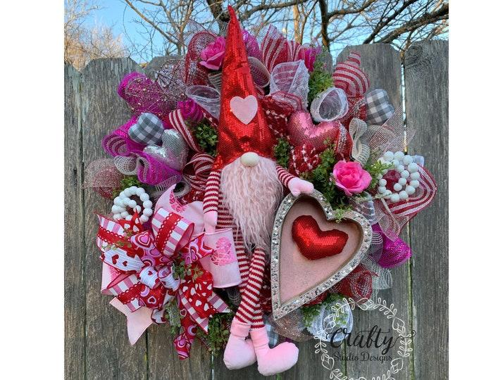 Gnome Wreath, Valentines Gnome, Valentines Day Wreath, Valentines Wreath, Love Wreath, Valentines Decor, Valentine Heart Wreath, Red Wreath