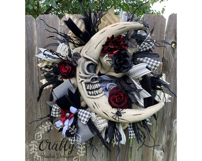 Halloween Wreath, Skull Wreath, Mr Bones Wreath, Halloween Decorations, Skeleton Wreath, Steam Punk Skeleton, Spooky Decor, Halloween Moon