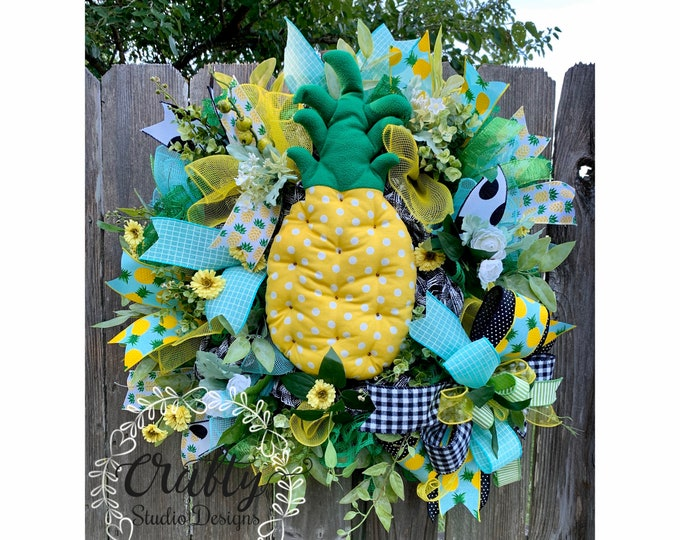 Pineapple Wreath, Summer Wreath, Welcome Pineapple Summer Deco Mesh Wreath, Pineapple DecorBuffalo Plaid, Picnic Wreath, Kitchen Decor