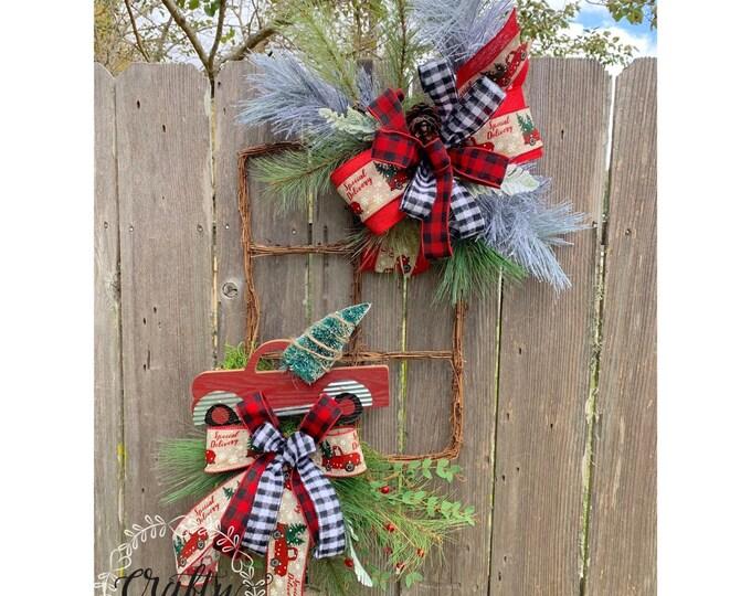 Christmas Truck Wreath Front Door, Red Truck Wreath, Christmas Mesh Wreath, Christmas Wreaths and swags, Rustic Christmas Wreath, Red Truck