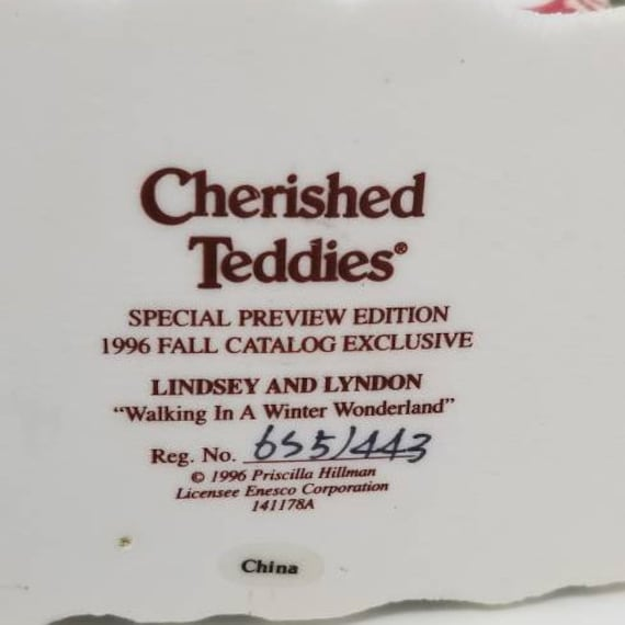 Lindsey and Lyndon Cherished Teddies 1996 Fall Catalog Exclusive Walking in a winter wonderland Special Preview Edition