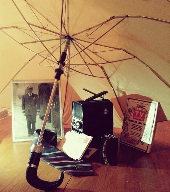 Vintage 1970s Golden Brown Umbrella