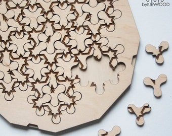 Custom wooden puzzle Fractal jigsaw, Koch Snowflake Fractal puzzle  with a personalized inscription. Gift with an idea