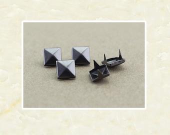 50PCS Gunmetal Pyramid Rivet Studs Metal Studs Rivets Studs Spikes Leather Craft Supplies MD017