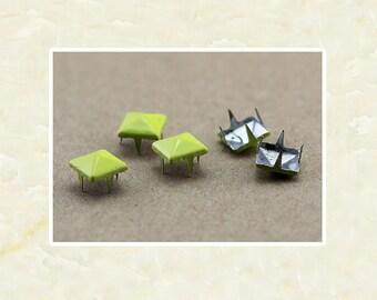 50PCS Yellow Pyramid Rivet Studs Metal Studs Rivets Studs Spikes Leather Craft Supplies MD037