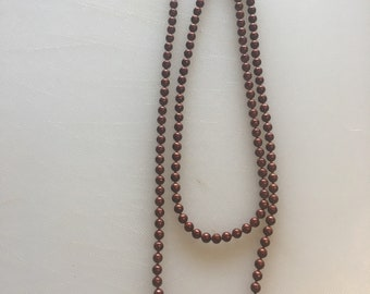 Rusty red bead necklace