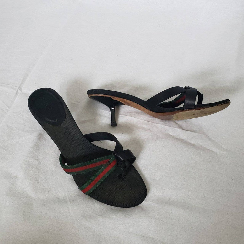 6d4f3d3a2c93 VINTAGE Gucci sandals