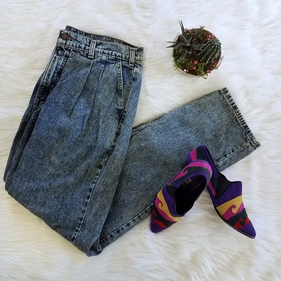 Vintage Levi Mom Jeans