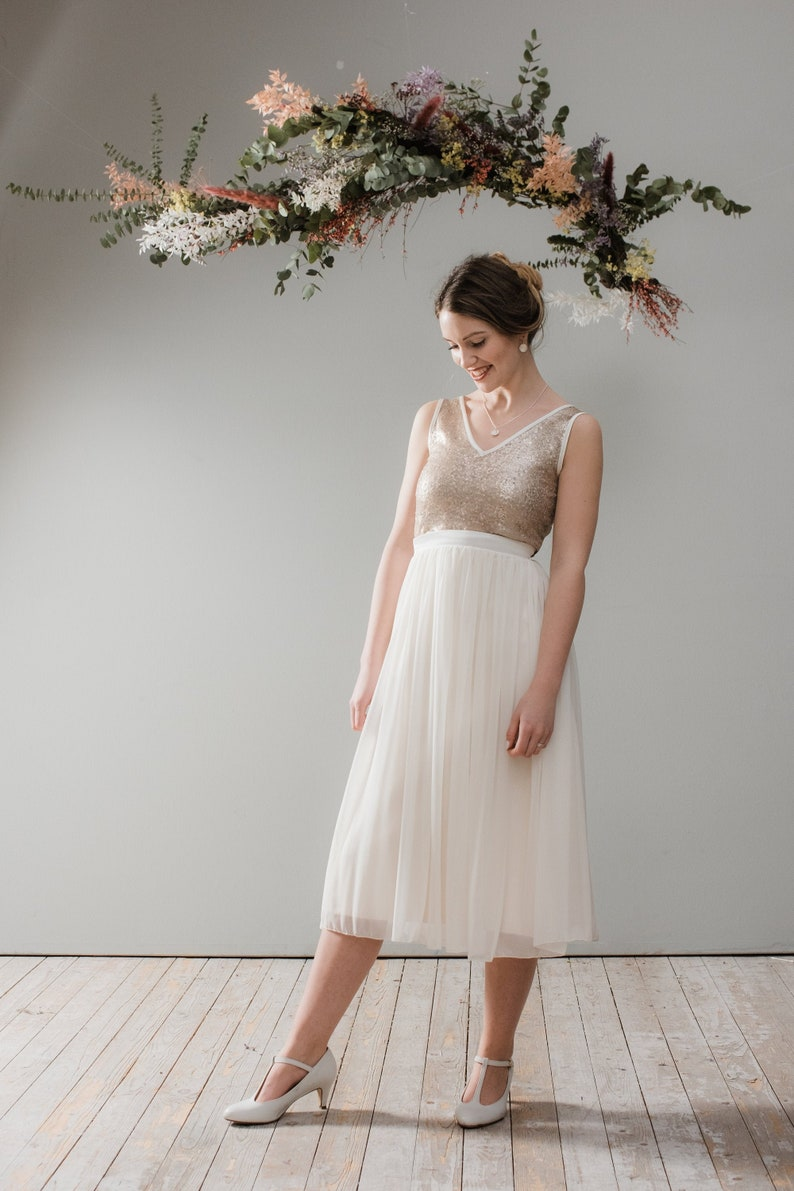 Wedding dress Goldie midi with tulle and gold top image 0