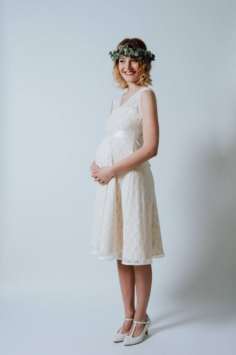 Pregnancy Wedding Dress Snow White Baby  image 0
