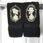 Skeleton Couple Cameo Hand Towel
