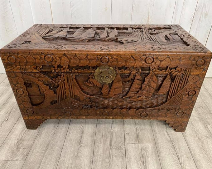 Camphor wood Chest Chinese Junks