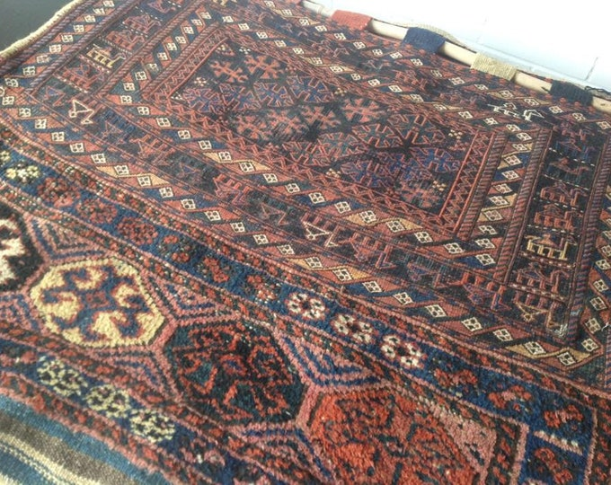 Large Middle Eastern Dowry Wall Hanging Rug 120cm x 100cm