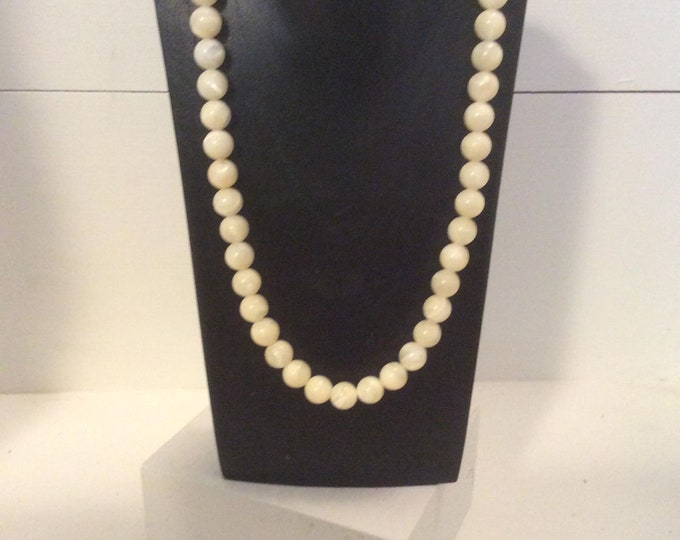 Faux Pearls C1950 Vintage Costume Jewellery Necklace JO75