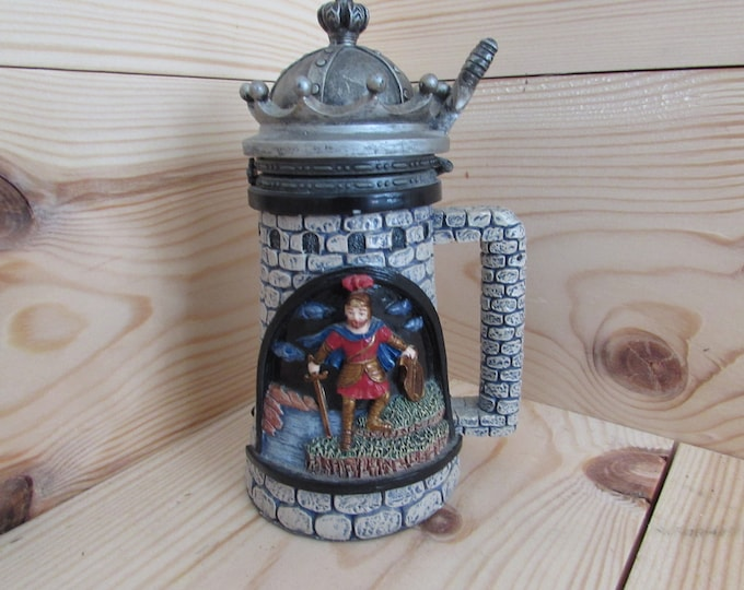 Collectable NiNi Castle Knight Beer Stein Tankard Pewter Lid