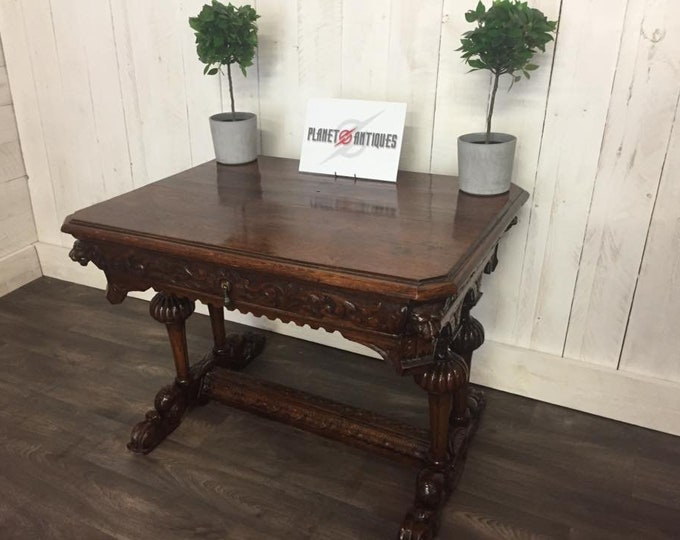Stunning Carved Oak Centre Table C1800's