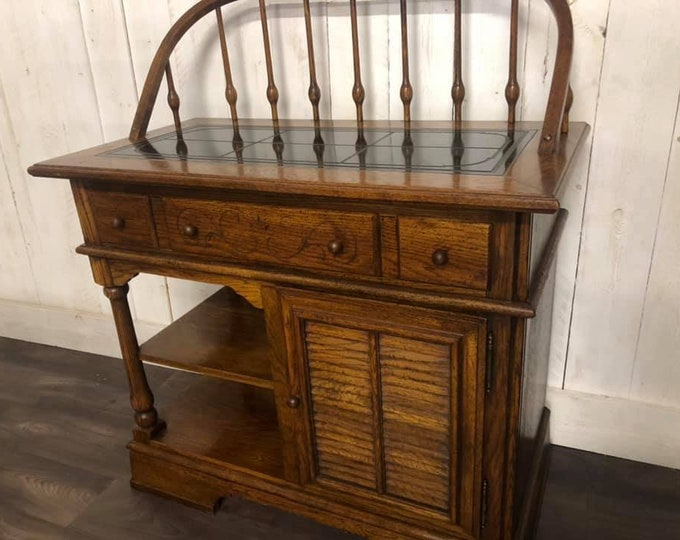 Serving Table Hutch