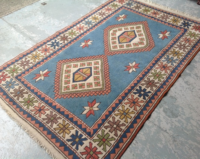 Stunning Vintage Geometric Motif Design Ground Rug