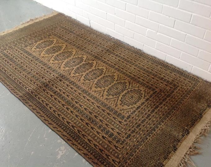 Vinage Afghan Ground Floor Rug