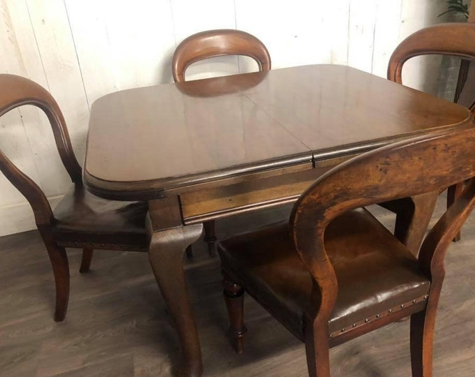 Victorian Extendable Wind out Dining Table and Chairs