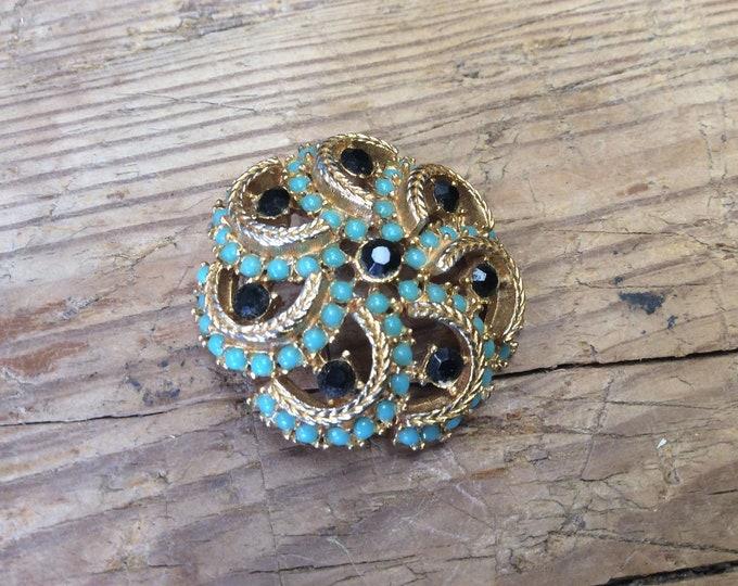 Beautiful Designer Brooch Vintage Signed Sphinx Crescent Moons- J012