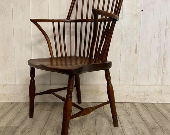 Elm and Yew Windsor Chair