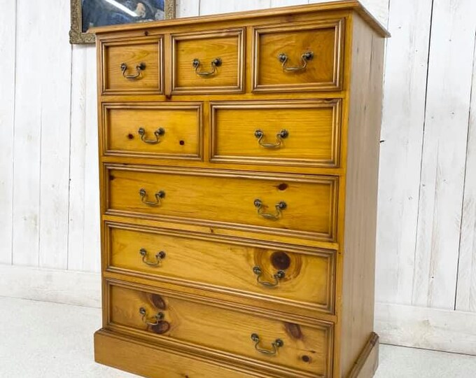 Vintage Pine Chunky Chest of Drawers