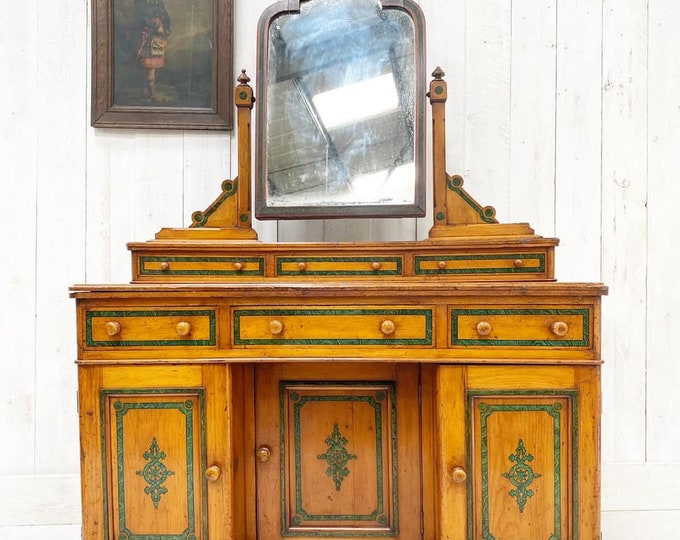 Victorian Stunning Dressing Table