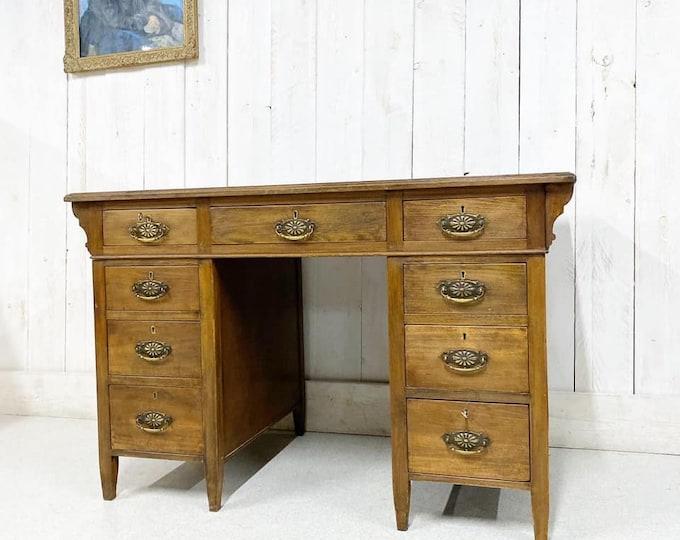 Arts and Crafts Oak Pedestal Desk